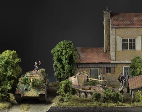 French baking house with shed - 58x39x36cm (Figures and vehicles not included)